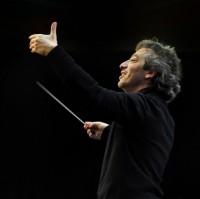 George Pehlivanian, dirigent