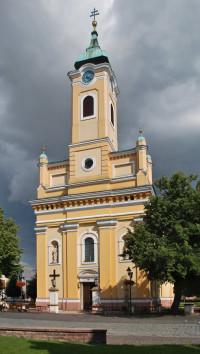 Kostol Nanebovzatia Panny Márie Topoľčany