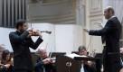 SF Rastislav Štúr dirigent, Dalibor Karvay husle, Čajkovskij, Suchoň foto jan.f.lukas