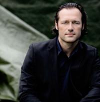 Sascha Gotzel, dirigent
