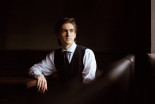 Daniel Kharitonov, klavír