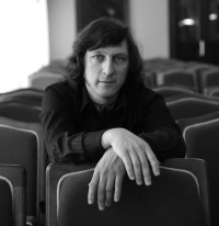 Rem Urasin, klavír