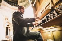 Roman Hauser Organist